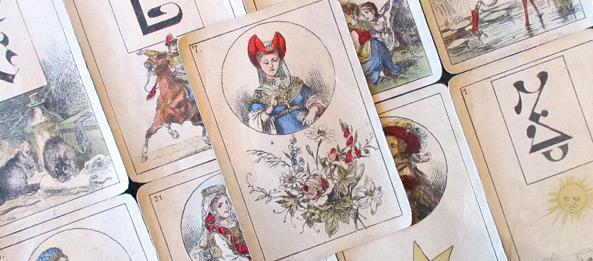 Lenormandkarte – Die Blumen 9: Deutung, Bedeutung, Kombinationen