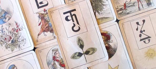 Lenormandkarte – Der Klee 2: Deutung, Bedeutung, Kombinationen