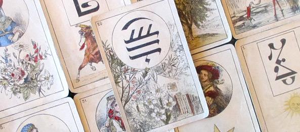 Lenormandkarte – Die Lilien 30: Deutung, Bedeutung, Kombinationen