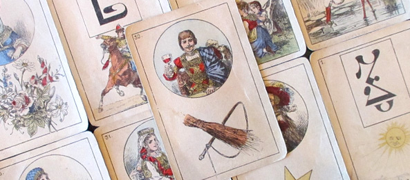 Lenormandkarte – Die Ruten 11: Deutung, Bedeutung, Kombinationen