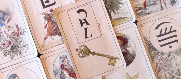 Lenormandkarte – Der Schlüssel 33: Deutung, Bedeutung, Kombinationen