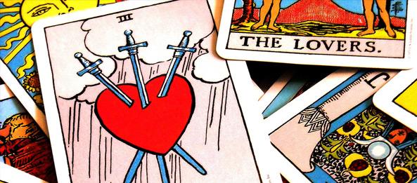Tarotkarte – 3 der Schwerter
