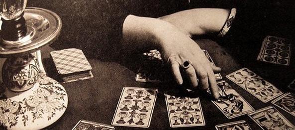 Alt überliefertes Tarotkarten Legesystem