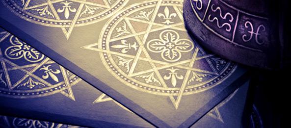Tarotkarte – 8 der Münzen